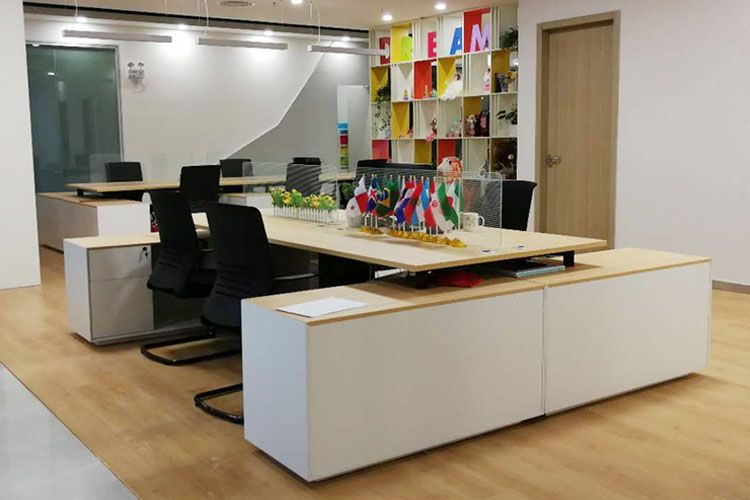 Wooden Office Table Staff Workstation For 4 People